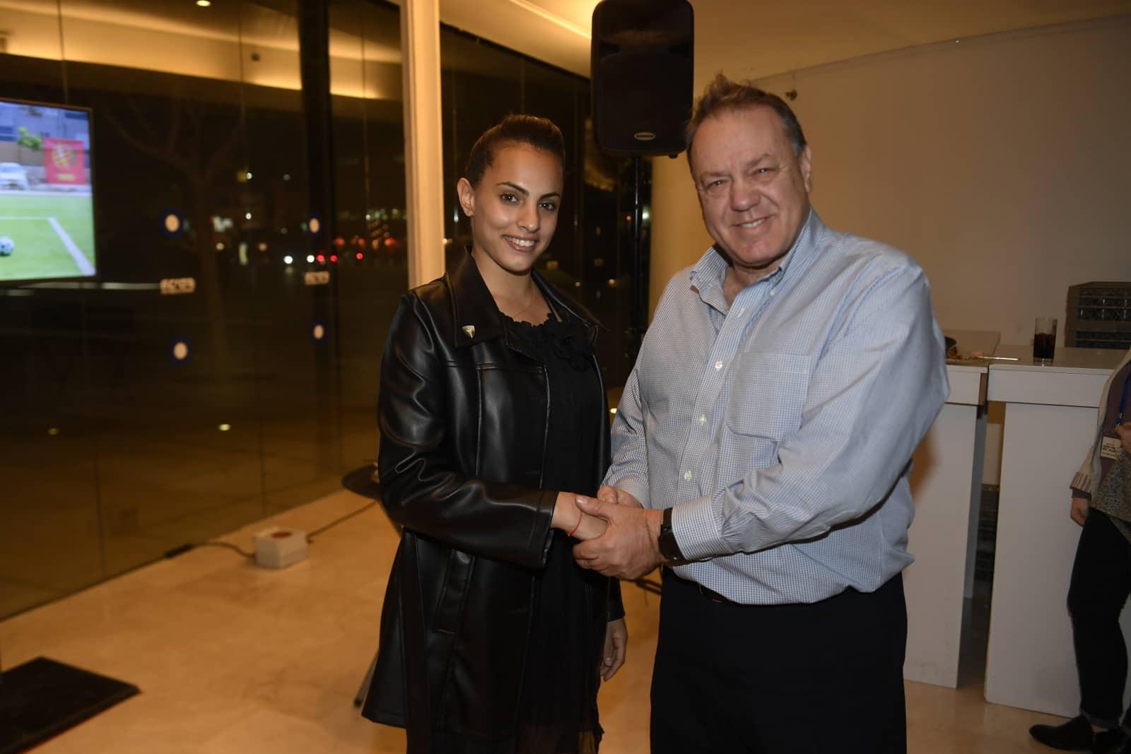 לינוי אשראם ספורטאית השנה עם שמוליק דונרשטיין בהענקת הפרס